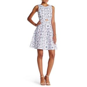CeCe Eastyn Mosaic Print Cutout A-Line Dress Sz 8